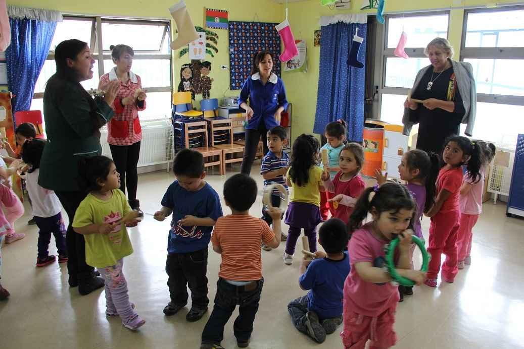 Directora regional en magallanes de junji en el jard n for Aprendiendo y jugando jardin infantil